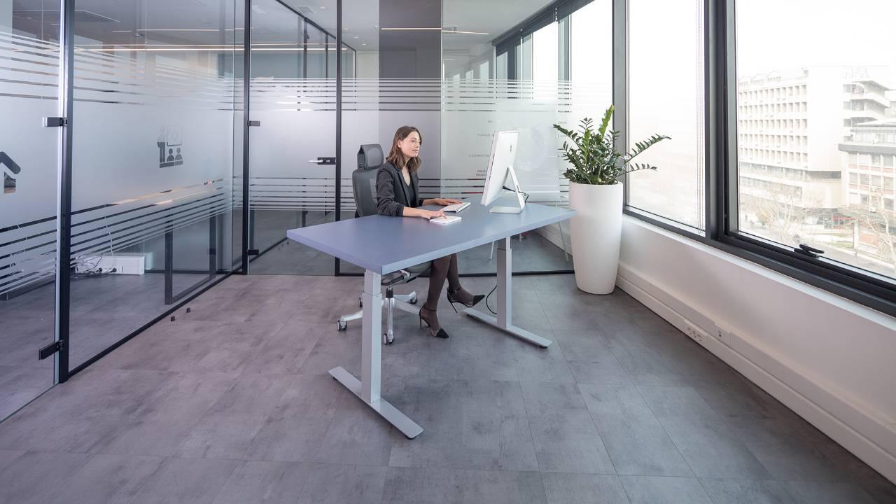 Podesivi radni sto