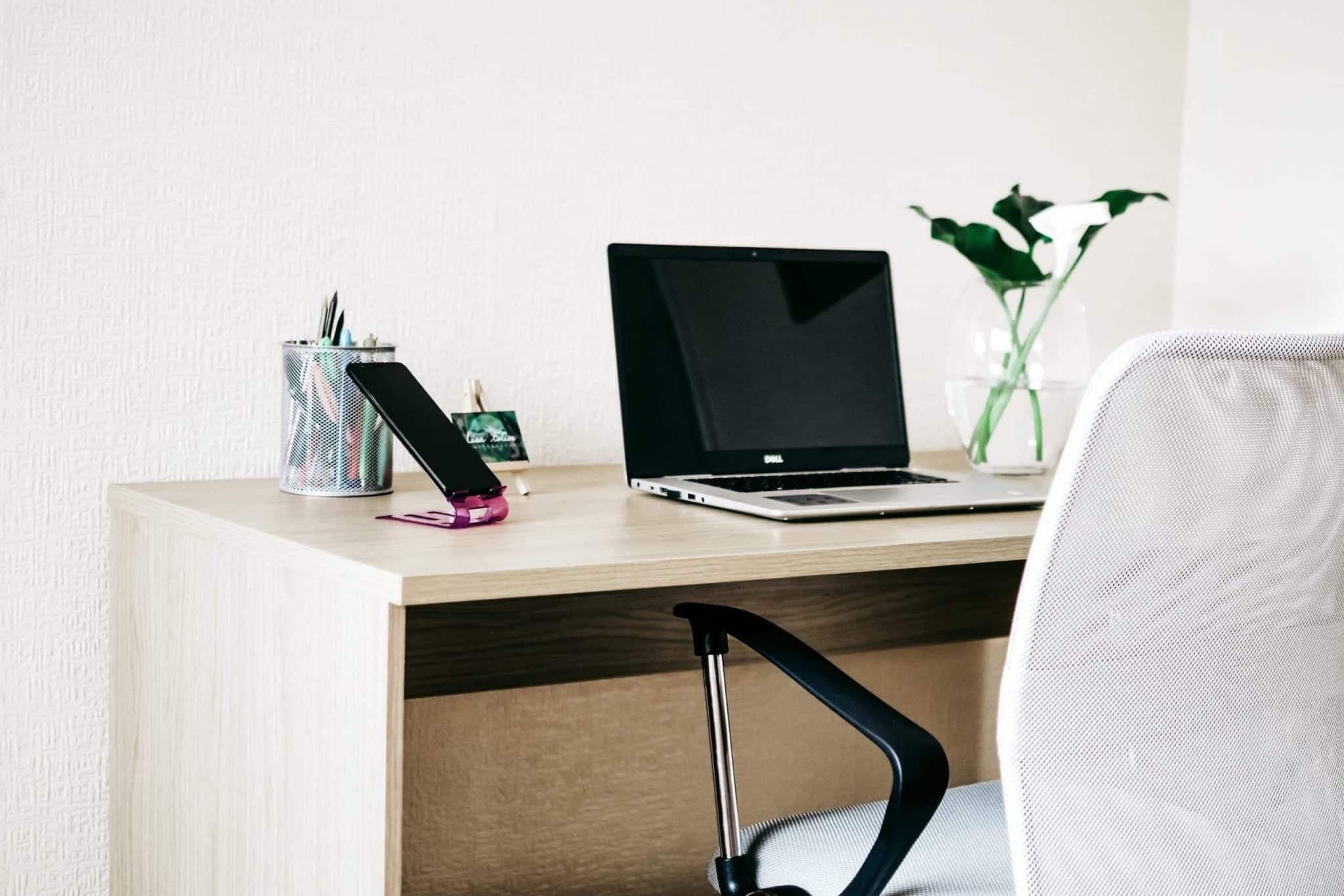 Primer kako moze da izgleda kucna kancelarija